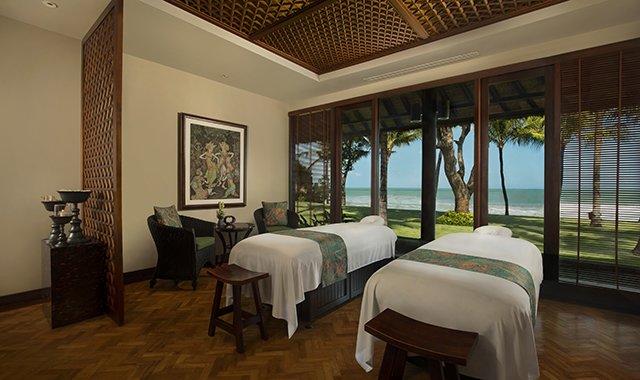 Double Suite at The Legian Bali | Legian Beach Hotel | Best Beachfront Hotels in Bali